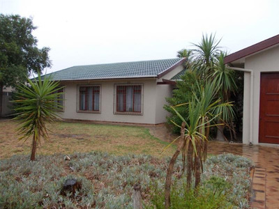 Property For Sale in Nerina, Durbanville